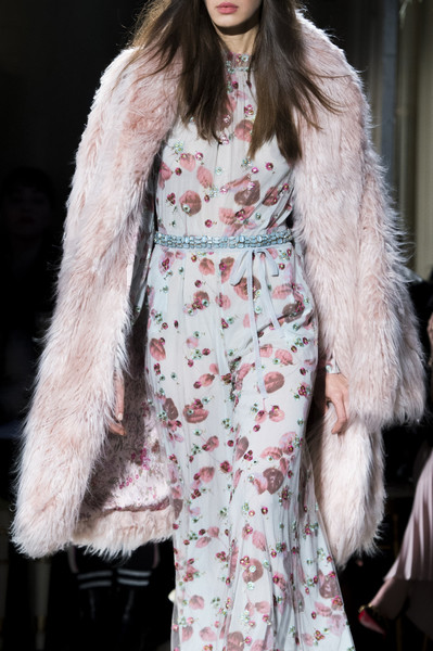 Luisa Beccaria at Milan Fall 2017 (Details)