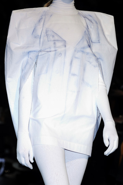 Maison Martin Margiela at Paris Spring 2009 (Details)