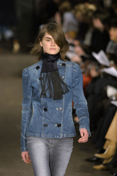 Marc by Marc Jacobs at New York Fall 2001 [fashion show,denim,fashion,jeans,runway,fashion model,clothing,textile,outerwear,jacket,jeans,marc by marc jacobs,anne-catherine lacroix,fashion,runway,clothing,model,fashion model,new york fashion week,fashion show,anne-catherine lacroix,runway,fashion show,fashion,clothing,model,louis vuitton,fall 2001]