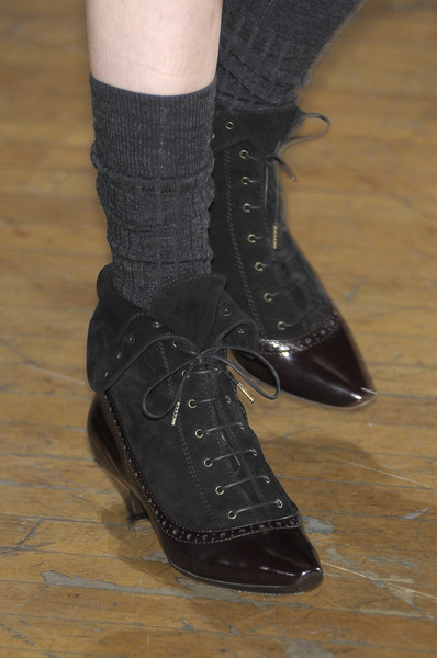Marc by Marc Jacobs at New York Fall 2010 (Details) [footwear,shoe,fashion,ankle,boot,leg,joint,human leg,durango boot,sock,shoe,shoe,marc by marc jacobs,boot,fashion,model,leg,ankle,joint,new york fashion week,shoe,high-heeled shoe,boot,fashion,ready-to-wear,marc jacobs,model,elle,belt]