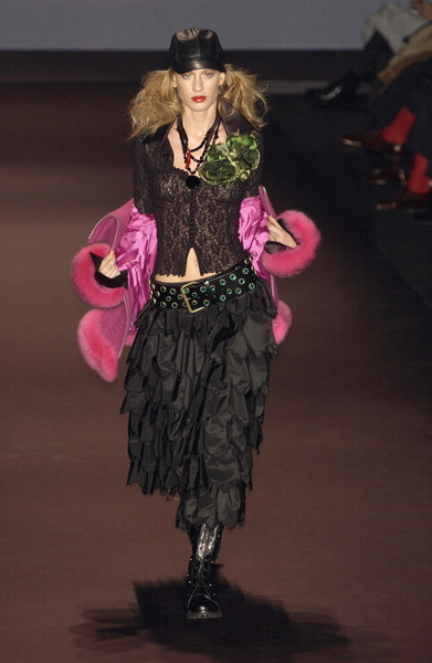 Mariella Burani at Milan Fall 2005