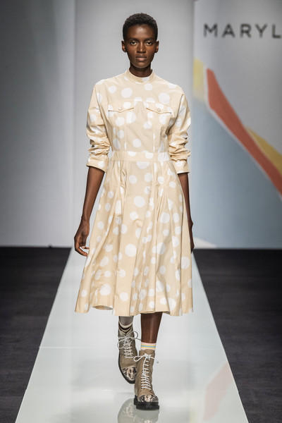 Maryling at Milan Spring 2020 [fashion model,fashion show,fashion,runway,clothing,fashion design,shoulder,dress,public event,joint,fashion,runway,clothing,fashion week,model,aesthetics,beauty,maryling,milan fashion week,fashion show,runway,fashion show,fashion,fashion week,beauty,milan fashion week,clothing,aesthetics,model,la collezione primavera]
