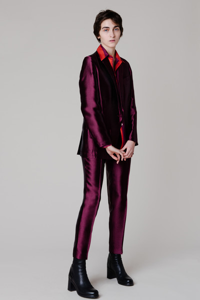 Massimo Alba at Milan Fall 2021 [photo,footwear,shoe,hand,outerwear,arm,shoulder,leg,dress shirt,purple,sleeve,outerwear,massimo alba,fashion,lookbook,arm,shoulder,leg,armani,milan fashion week,ready-to-wear,fashion,lookbook,armani,autumn,photo 1,massimo alba,down jacket]
