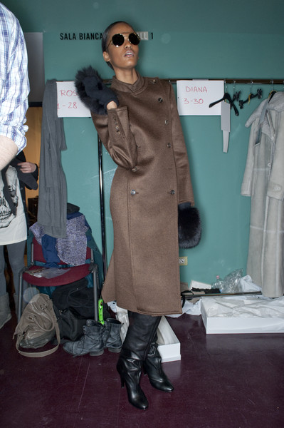 MaxMara at Milan Fall 2010 (Backstage)