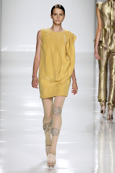 Mila Schön at Milan Spring 2010 [fashion show,fashion model,fashion,runway,shoulder,clothing,joint,public event,yellow,fashion design,supermodel,mila schon,runway,fashion,yellow,model,fashion model,joint,milan fashion week,fashion show,runway,fashion show,model,fashion,supermodel,yellow]