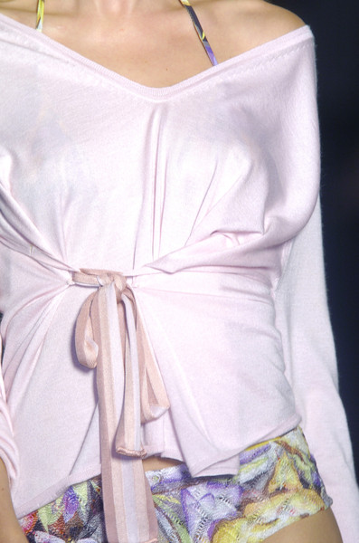 Missoni at Milan Spring 2006 (Details)