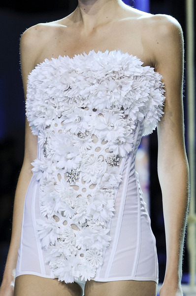 Moncler Gamme Rouge at Paris Spring 2013 (Details)