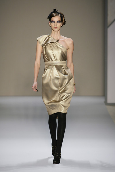 Monique Lhuillier at New York Fall 2008