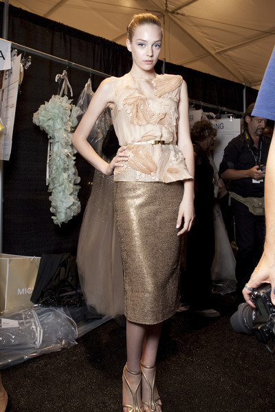 Monique Lhuillier at New York Spring 2011 (Backstage)