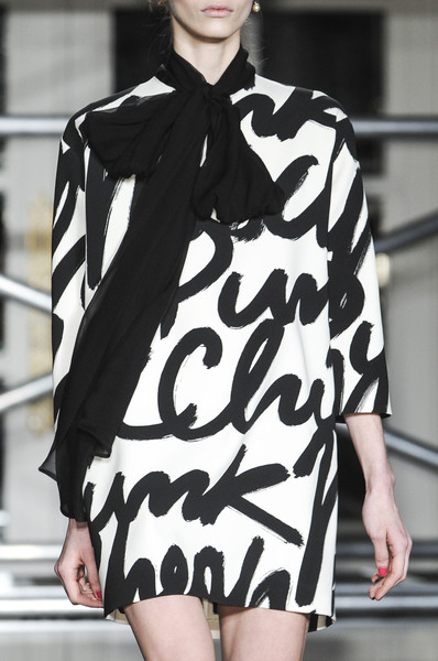 Moschino Cheap & Chic at London Fall 2013 (Details)