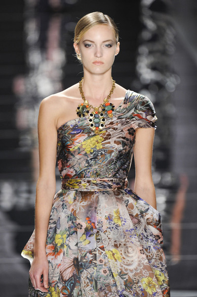 Naeem Khan at New York Spring 2012