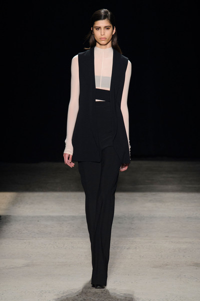 Narciso Rodriguez at New York Fall 2015 [fashion model,fashion show,runway,fashion,clothing,formal wear,suit,neck,fashion design,haute couture,dress,supermodel,narciso rodriguez,fashion,haute couture,runway,fashion week,model,new york fashion week,fashion show,fashion,fashion week,runway,new york fashion week,dress,fashion show,model,haute couture,supermodel]