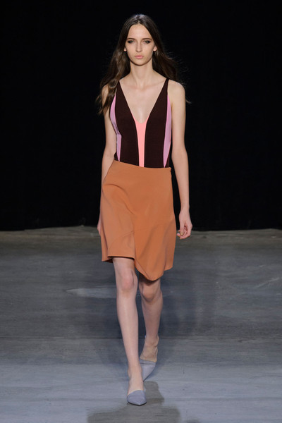 Narciso Rodriguez at New York Spring 2015 [fashion show,fashion model,fashion,runway,clothing,public event,fashion design,event,shoulder,haute couture,supermodel,narciso rodriguez,fashion,runway,haute couture,fashion week,model,vogue,new york fashion week,fashion show,lexi boling,runway,new york fashion week,fashion,model,fashion show,supermodel,fashion week,vogue,haute couture]