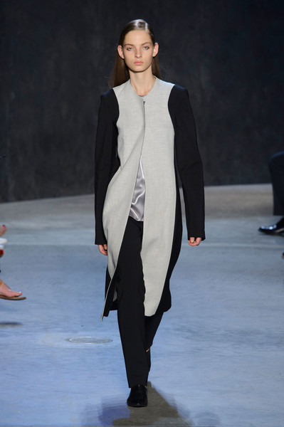 Narciso Rodriguez at New York Spring 2017 [fashion show,fashion model,fashion,runway,clothing,outerwear,public event,event,human,fashion design,fashion accessory,narciso rodriguez,fashion,runway,model,fashion week,haute couture,new york fashion week,event,fashion show,fashion show,fashion,runway,model,fashion week,ready-to-wear,haute couture,fashion accessory,supermodel,narciso rodriguez]