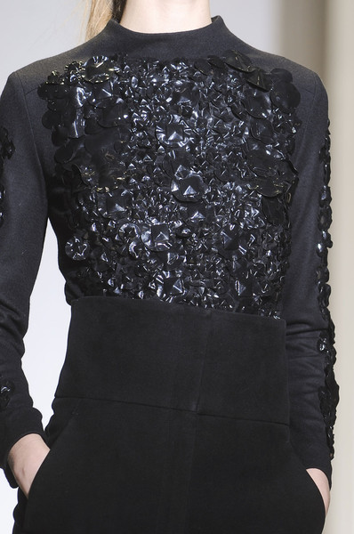 Nicole Farhi at London Fall 2011 (Details)