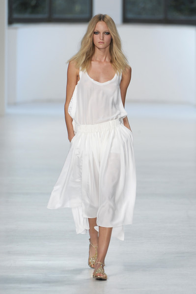 No. 21 at Milan Spring 2011