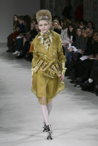 On Aura Tout Vu at Couture Spring 2007