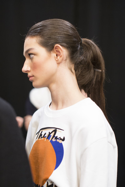 Prabal Gurung Bks Bis at New York Fall 2018 (Backstage)