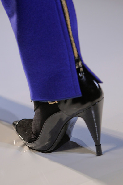 Roland Mouret at Paris Fall 2013 (Details)