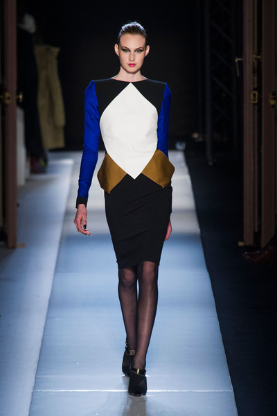 Roland Mouret at Paris Fall 2013