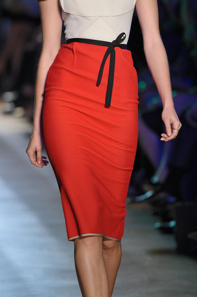 Roland Mouret at Paris Spring 2012 (Details)