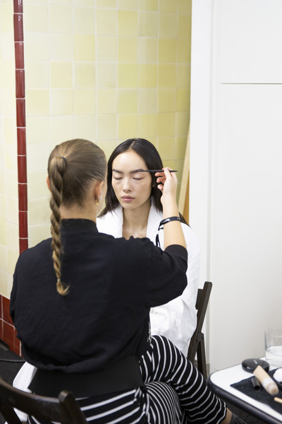 Salvatore Ferragamo at Milan Spring 2019 (Backstage) [hairstyle,photography,ceremony,black hair,long hair,beauty salon,salvatore ferragamo,hair,beauty,fashion,beauty salon m,beauty.m,beauty salon,hairstyle,beauty parlour,milan fashion week,fashion,beauty,beauty salon m,beauty parlour,beauty.m]