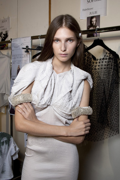 Sharon Wauchob at Paris Spring 2010 (Backstage)