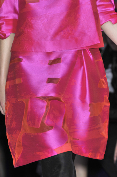 Shiatzy Chen at Paris Spring 2010 (Details)