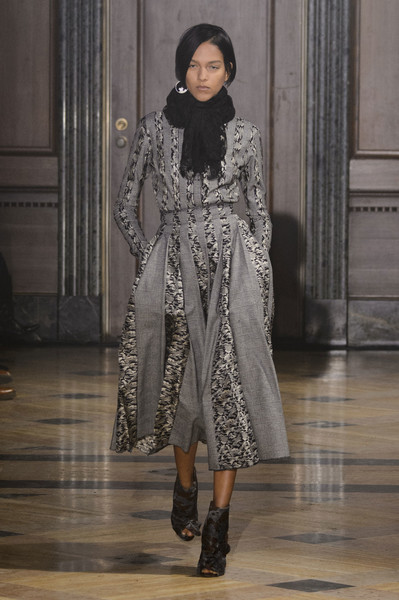 Sophie Theallet at New York Fall 2016 [fashion model,fashion,fashion show,clothing,runway,haute couture,outerwear,fashion design,dress,neck,sophie theallet,fashion,haute couture,runway,clothing,fashion design,fashion week,model,new york fashion week,fashion show,sophie theallet,runway,fashion show,fashion,fashion design,haute couture,fashion week,clothing,model]