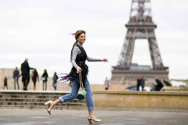 The Fashion Girl's Guide to Parisian Street Style