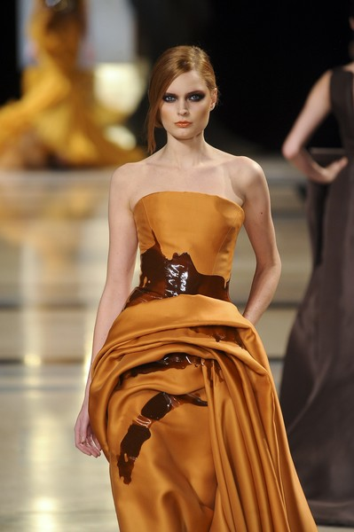 Stéphane Rolland at Couture Spring 2011 [fashion model,fashion,fashion show,clothing,dress,haute couture,runway,yellow,beauty,model,socialite,supermodel,stephane rolland,fashion,runway,haute couture,model,fashion model,couture spring 2011,fashion show,runway,fashion show,model,supermodel,haute couture,fashion,socialite]