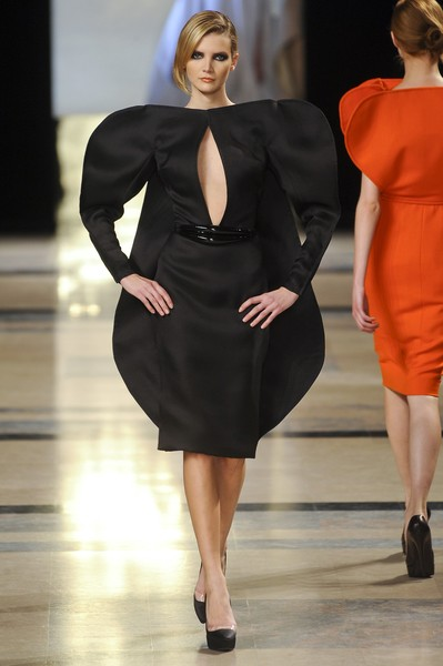 Stéphane Rolland at Couture Spring 2011