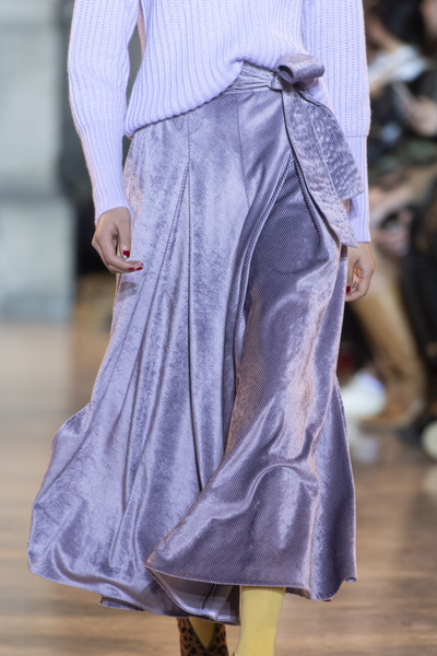 Talbot Runhof at Paris Fall 2019 (Details) [fashion,clothing,runway,haute couture,fashion show,fashion model,lavender,joint,dress,shoulder,fashion,runway,haute couture,model,purple,meter,existence,fashion model,talbot runhof,paris fashion week,fashion,runway,haute couture,denim,model,purple,culottes,booneville/baldwyn airport,meter,existence]