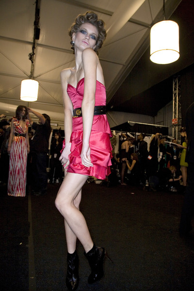 Temperley London at New York Fall 2008 (Backstage)