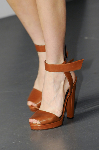 Thierry Mugler at Paris Spring 2013 (Details)