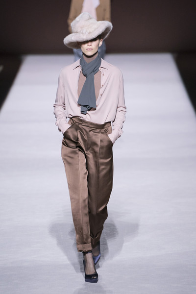 Tom Ford at New York Fall 2019 [autumn,fashion show,fashion,fashion model,runway,clothing,fashion design,human,public event,fedora,hat,tom ford,fashion,clothing,fashion design,fashion week,runway,fashion model,new york fashion week,fashion show,2019 new york fashion week,autumn,fashion show,fashion,fashion week,ready-to-wear,clothing,fashion design,runway,spring]
