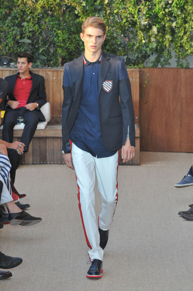 tommy hilfiger outfits for mens