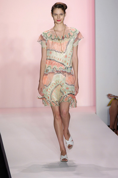 Twinkle by Wenlan at New York Spring 2005