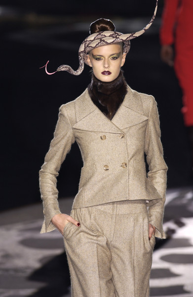 Valentino at Couture Fall 2002