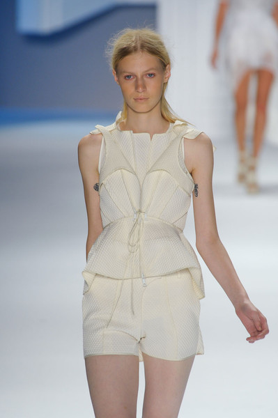 Vera Wang at New York Spring 2012