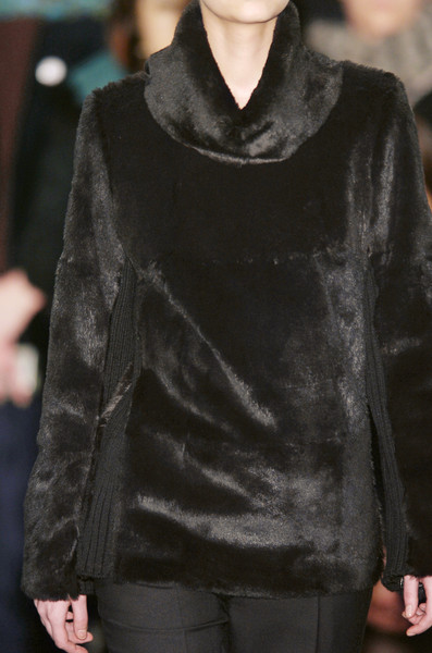 Veronique Branquinho at Paris Fall 2005 (Details)