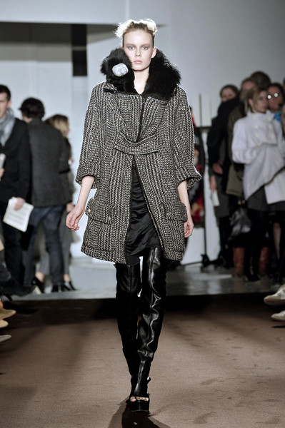 Véronique Leroy at Paris Fall 2009