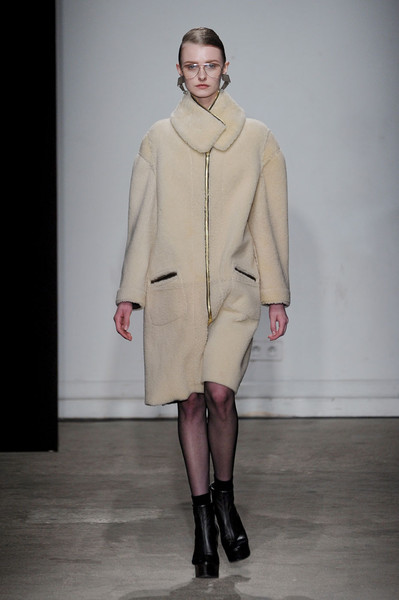 Véronique Leroy at Paris Fall 2011