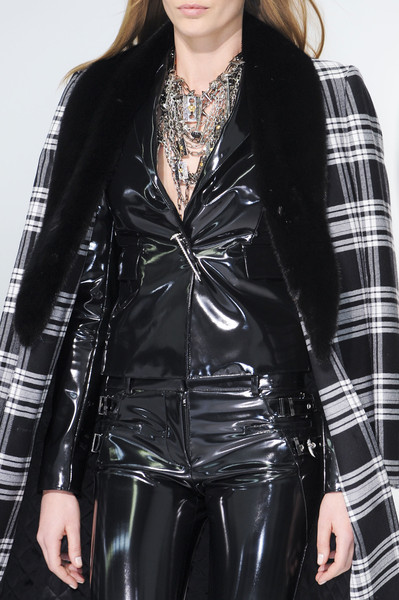 Versace at Milan Fall 2013 (Details)