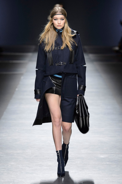 Versace at Milan Fall 2016 [fashion show,fashion model,runway,fashion,clothing,shoulder,outerwear,public event,joint,fashion design,outerwear,donatella versace,fashion,runway,model,clothing,shoulder,versace,milan fashion week,fashion show,donatella versace,milan fashion week,fashion,versace,ready-to-wear,fashion show,model,runway,autumn]
