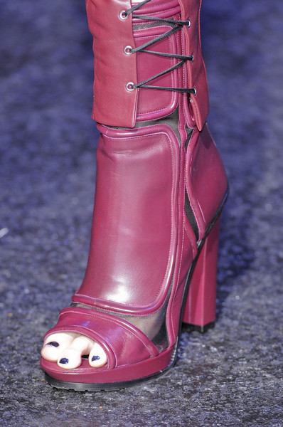 Versus at Milan Fall 2012 (Details)
