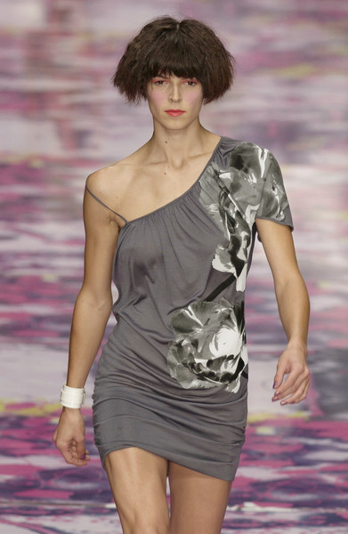 Versus at Milan Spring 2002