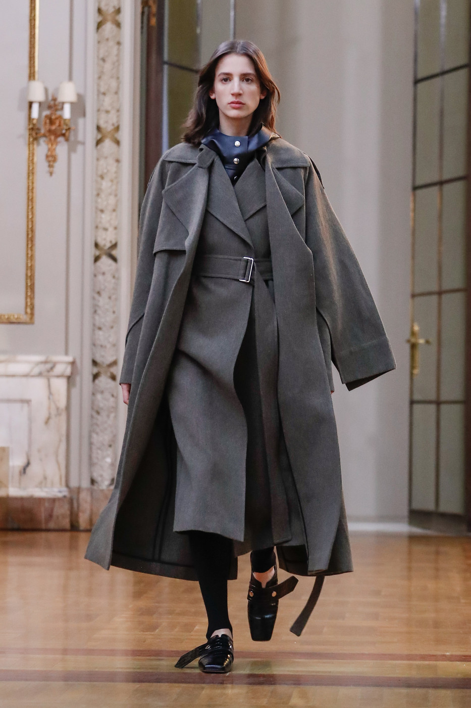 Victoria Beckham At New York Fashion Week Fall 2018 Livingly
