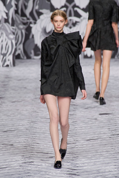 Viktor & Rolf at Paris Fall 2013