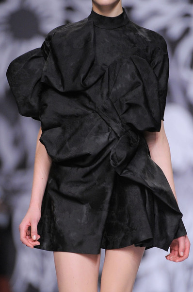 Viktor & Rolf at Paris Fall 2013 (Details)